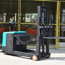 镇江半自动堆高车现货供应持久耐用图片