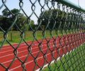 广东包胶勾花网护栏,绿色球场护栏定制,养殖场护栏网、园林隔离护栏网
