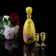 周口玻璃_500ml玻璃酒瓶性價比高圖片