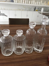 宜昌玻璃酒瓶生產廠家_宜昌酒瓶生產廠家圖片