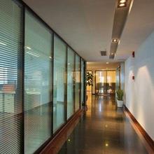 重庆专业承接双玻百叶玻璃隔断价格实惠