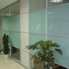 专业定制磨砂玻璃隔断信誉保证