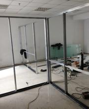 重庆专业定做铝合金玻璃隔断