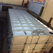 渭南冷水箱模壓化工用鍍鋅鐵皮水箱圖片