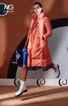 摩多伽格品牌羽绒服批发时尚大码女装批发工厂直销十三行批发市场图片