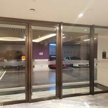 天津防火玻璃門不銹鋼防火玻璃門圖片