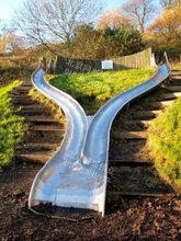 不锈钢滑梯厂家定制非标户外景区组合滑梯木质不锈钢滑梯组合小区公园组合滑滑梯