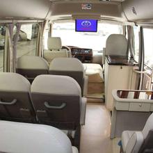 呼伦贝尔丰田考斯特中巴车租赁公司图片
