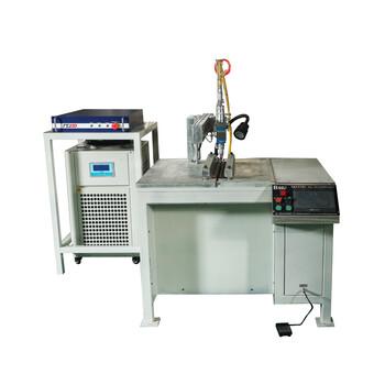 金属直缝焊接机焊接各种形状的工件汽车配件制造设备