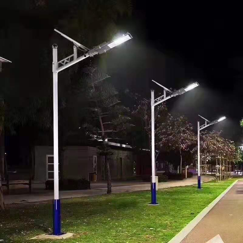 太阳能LED灯/草坪灯/壁灯/路灯/红绿灯/庭院灯