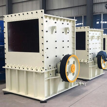 供應大口徑方箱破碎機建筑垃圾輪胎式移動制砂機設備