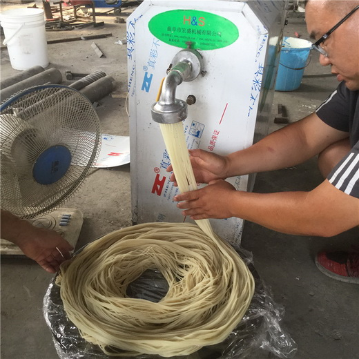 宏盛批发米线机宏盛十年多功能米粉机小型米粉机技术指导
