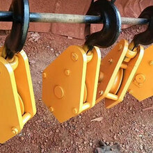 内蒙古赤峰厂家供应三吨十二吨起重机吊钩葫芦吊钩现货图片