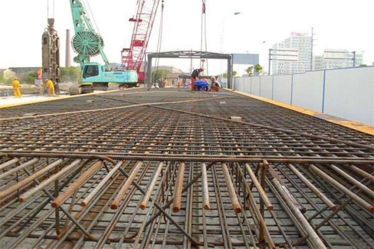 河北永乾金属制品有限公司的主营产品有:crb550钢筋网 crb550冷轧带肋钢筋网 crb550钢筋焊接网 crb550方孔钢筋网,我们公司位于:安平丝网大世界f区98号.