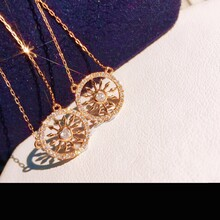18k钻石项链一心十二箭一年十二月图片