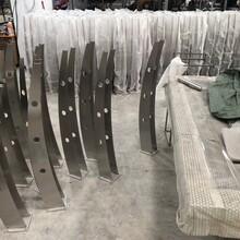 304不锈钢楼梯立柱/园林工程立柱护栏生产厂家图片