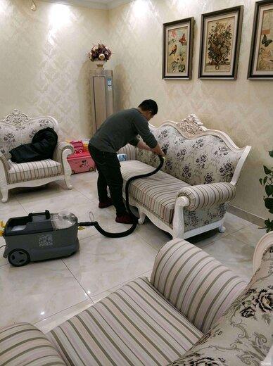 沙發免拆清洗培訓圖