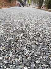 福建泉州露骨料透水混凝土施工价格露骨透水地坪材料全国包邮图片