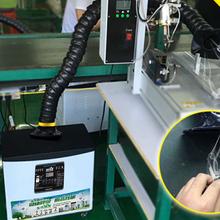 工廠流水線焊錫煙塵排放圖片