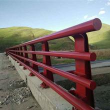 云南路桥防撞护栏安装图片