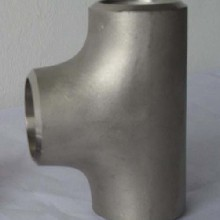 亿金管道专业生产标准三通、螺纹三通、高压三通、合金三通。图片