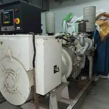 供應深圳二手奔馳350二手發電機出售柴油發電機回收圖片