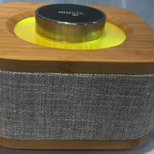 消費電子產品包布/蒙皮熱壓貼合工藝圖片