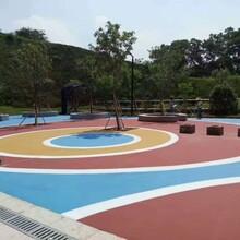 山东潍坊透水地坪路面工程承包施工图片
