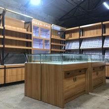 南昌市中小型眼鏡店裝修圖設計簡單鐵藝展示柜烤漆眼鏡柜圖片