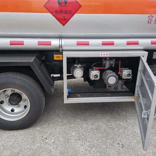 来宾5.15方油罐车信息