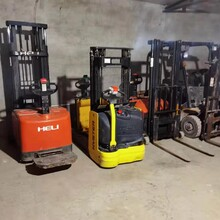 三河燕郊本地维修地牛,维修叉车,上门维修手动搬运车