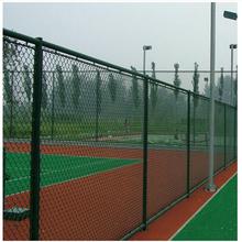 体育球场围网安装图片