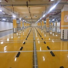 青島普通環氧地坪廠房地面耐磨地坪車庫自流平免費設計勘測圖片