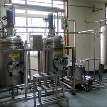 電動仝莫降膜式蒸發設備制作精良,強制多效循環蒸發器圖片
