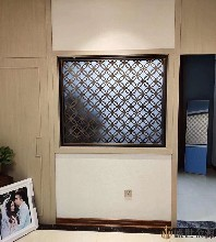 惠优游室内不锈钢花格隔断图片