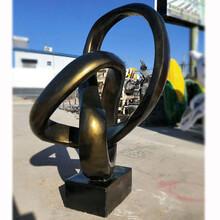 潼南县玻璃钢雕塑安装公司图片