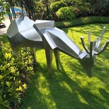 重庆动物雕塑厂家定制图片