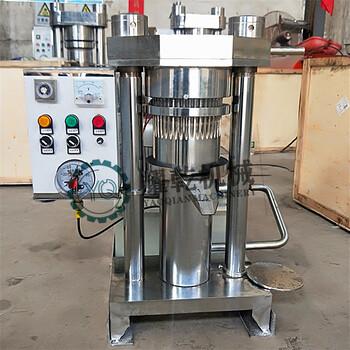 河南耀乾时产20kg芝麻油小型芝麻香油机流动性车载芝麻压油机