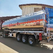 东风天龙半挂油罐车厂家直销图片