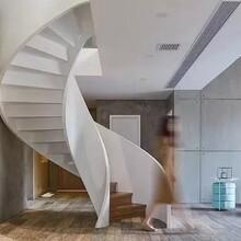 天津商场箱体弧形楼梯制作服务图片