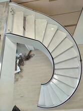 兰州工厂箱体弧形楼梯安装服务图片