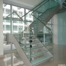 天津别墅直双梁玻璃楼梯安装价格图片