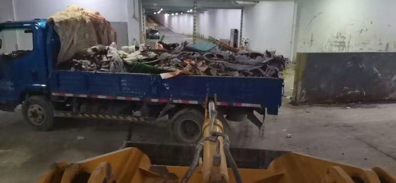 天津挖掘机