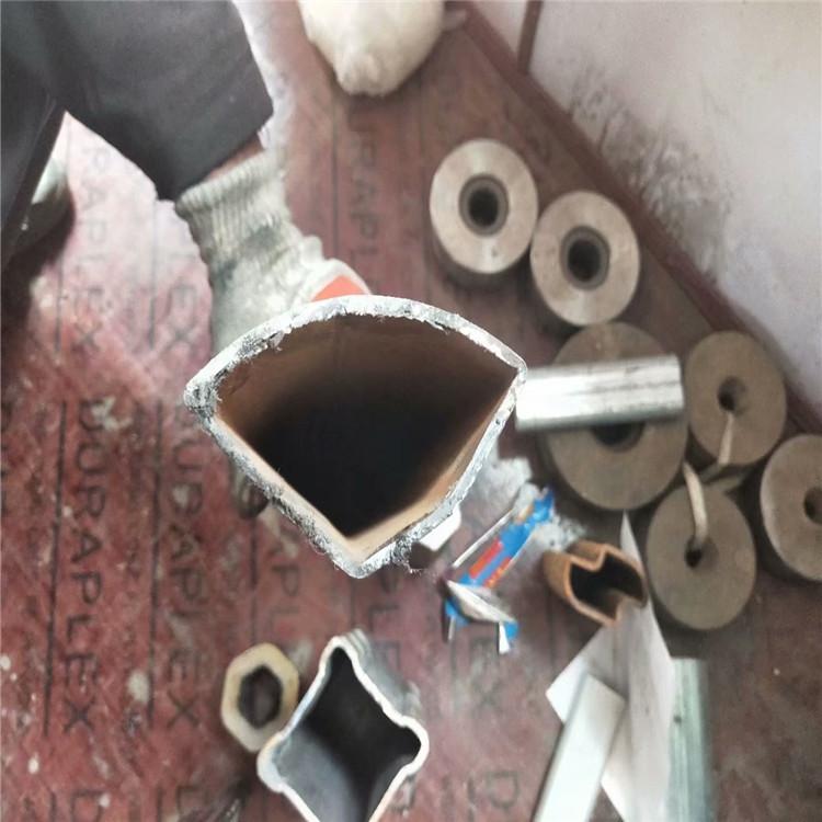 咨詢50×50鍍鋅三角管每噸價格+衢州小口徑扇型管