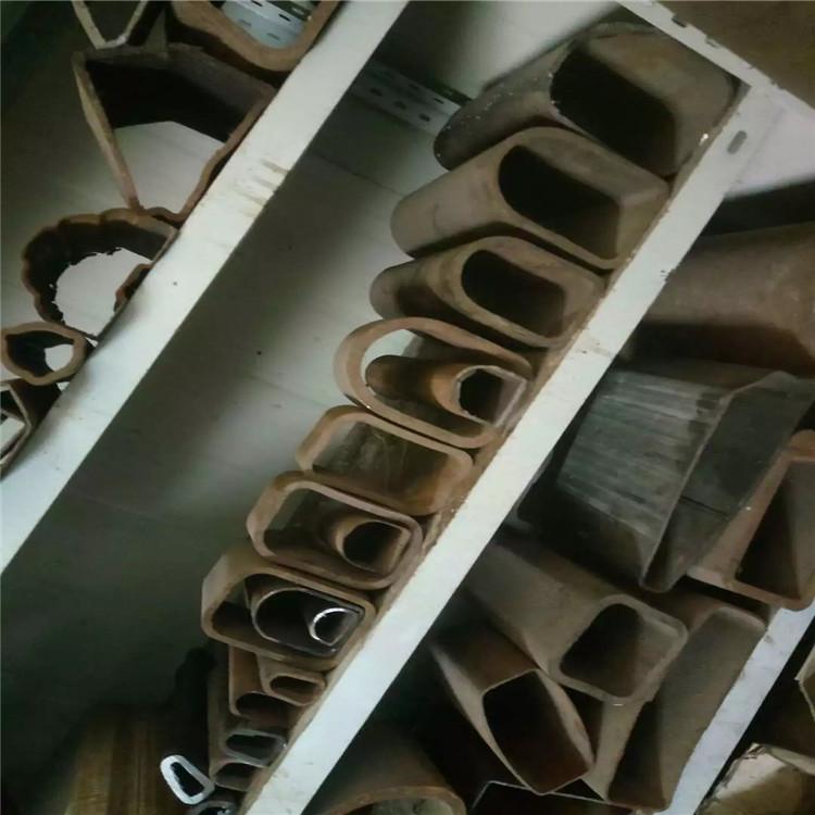 價格-100×150鍍鋅馬蹄管哪家靠譜 昭通30×60鍍鋅D形管