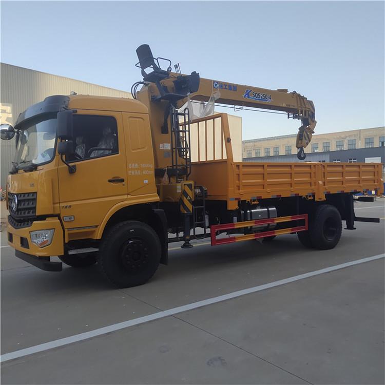 陜西陜汽隨車吊8噸5米8貨箱徐工吊機價格