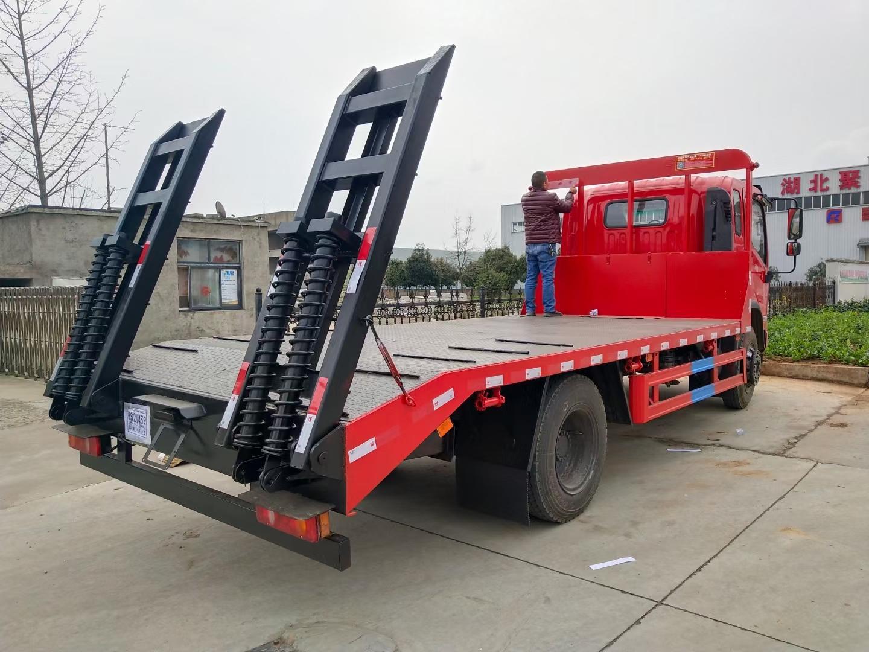 18噸隨車吊宏昌天馬吊機重汽隨車起重機生產廠家