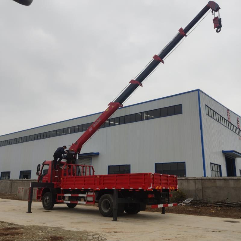 東風天龍徐工6.3噸8噸5節臂隨車吊可分期