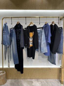 牛仔系列21春夏一線潮牌時尚前衛時尚百搭比例