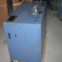 AE102A型氧氣充填泵山東中煤圖片